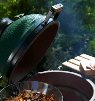 Big Green Egg large gallery 1