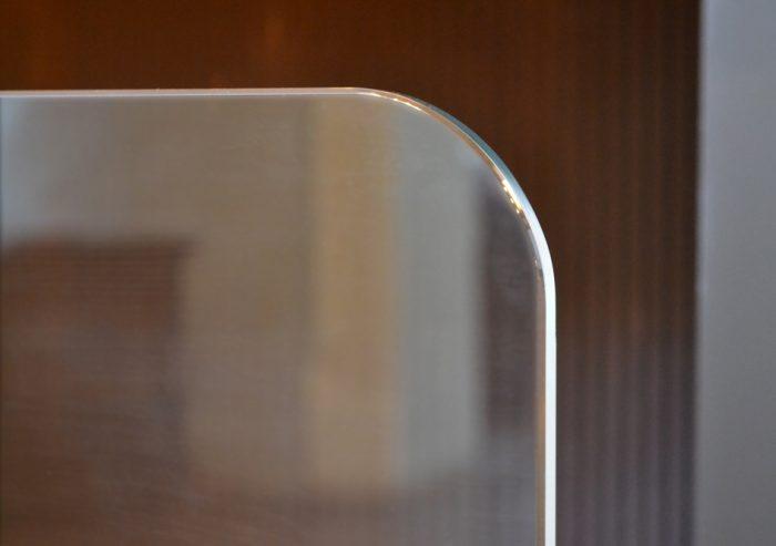 Chesneys Flat Glass fire screen detail 3