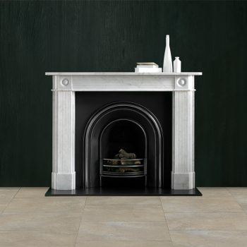 Chesneys Reeded Regency Bullseye fireplace with the Britton No 4 Arched register grate