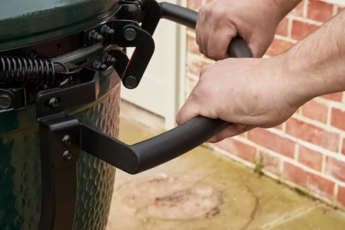 Big Green Egg nest handler handle