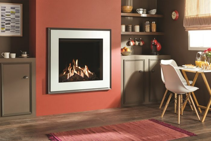 Stovax & Gazco Reflex 75T Evoke white glass gas fire with EchoFlame black glass lining