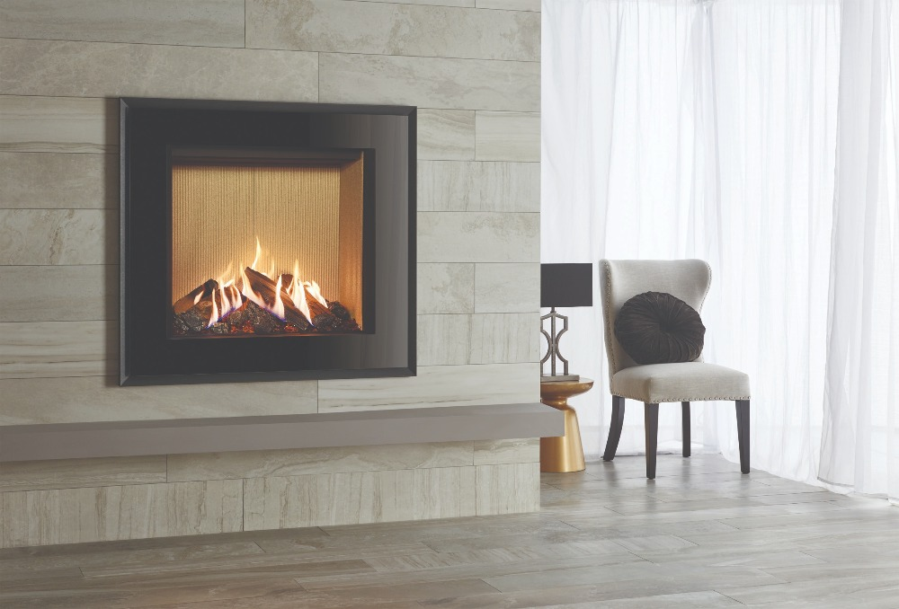 Stovax & Gazco Reflex 75T Evoke black glass gas fire with fluted vermiculite lining
