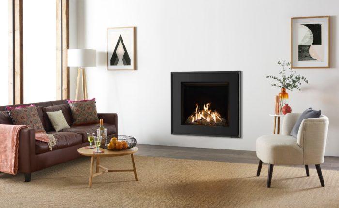 Stovax & Gazco Reflex 75T Evoke steel gas fire with EchoFlame black glass lining