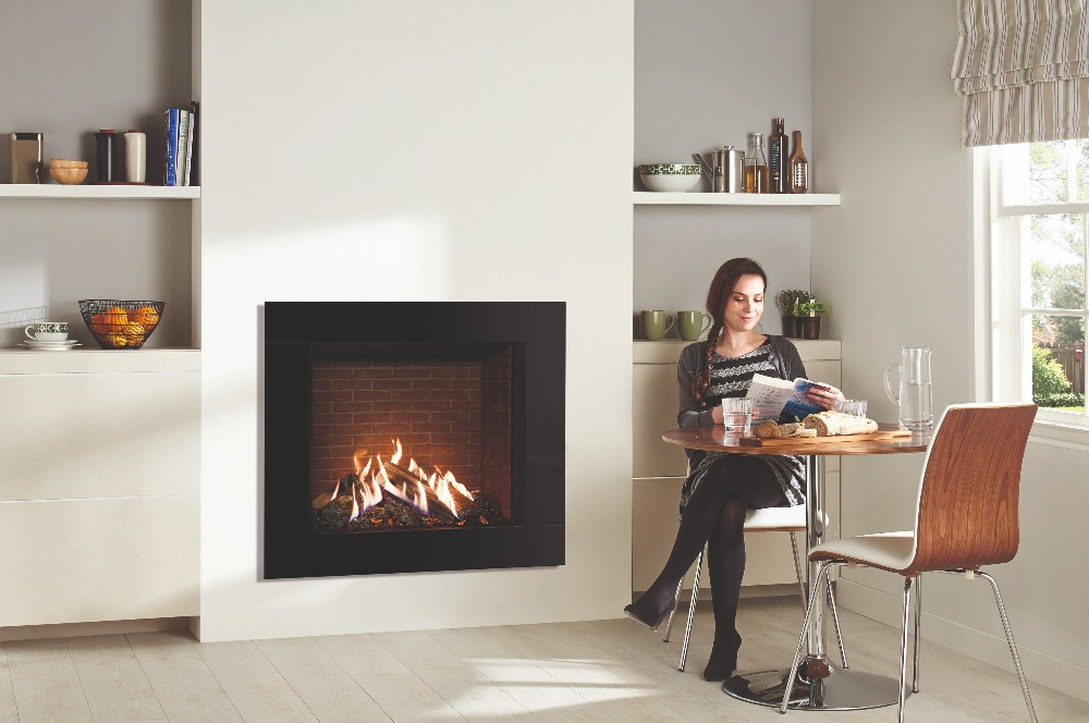 Stovax & Gazco Reflex 75T Icon XS gas fire with brick effect lining