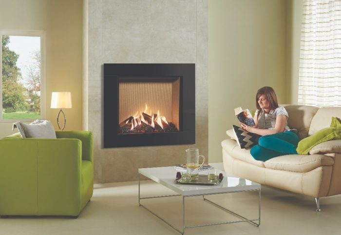 Stovax & Gazco Reflex 75T Icon XS gas fire with fluted vermiculite lining