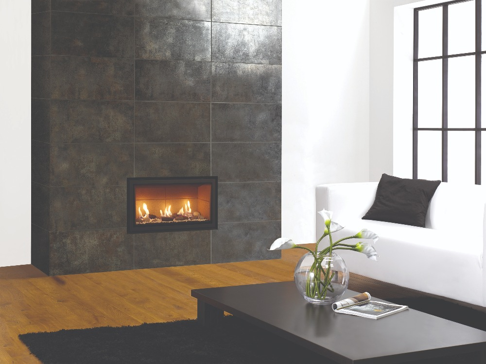 Stovax & Gazco Studio 1 gas fire Edge frame, pebble and stone effect and vermiculite lining