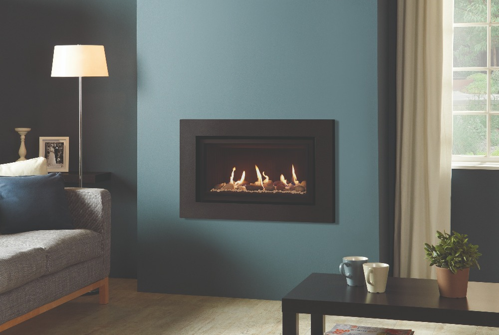 Stovax & Gazco Studio 1 gas fire Expression frame, pebbles and stones effect and black reeded lining