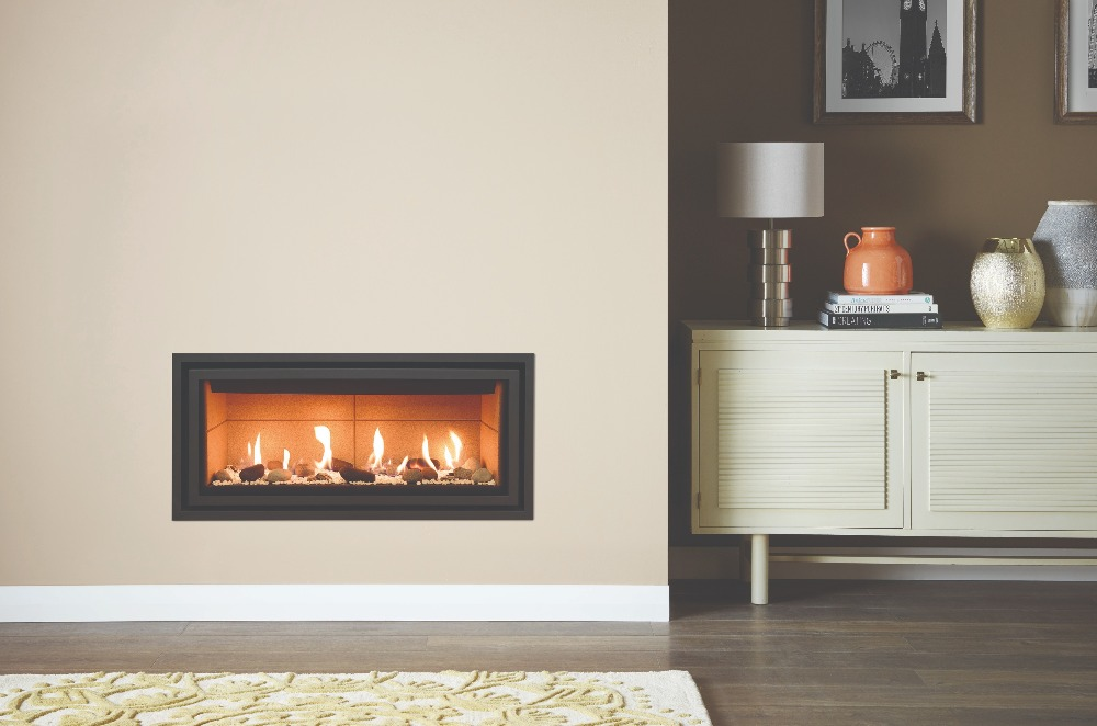 Stovax & Gazco Studio 2 gas fire Edge+ frame, pebbles and stones effect and vermiculite lining