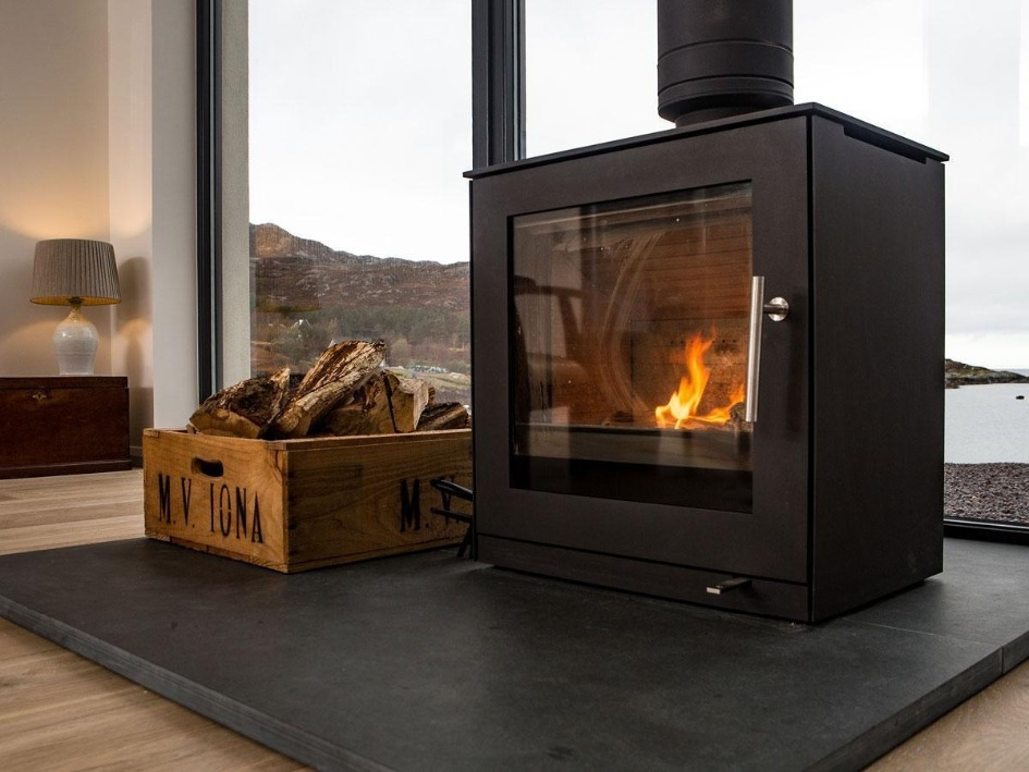 RAIS Q-Tee 2 wood burning stove