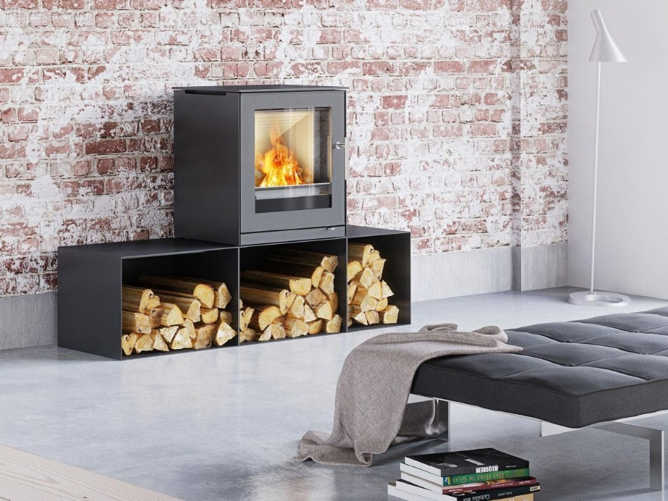 RAIS Q-Tee 2 wood burning stove with 3 combi bases (2 sizes)