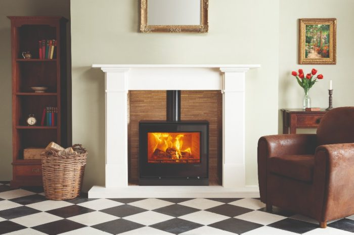 Stovax & Gazco Elise Freestanding 680 wood burning stove on plinth