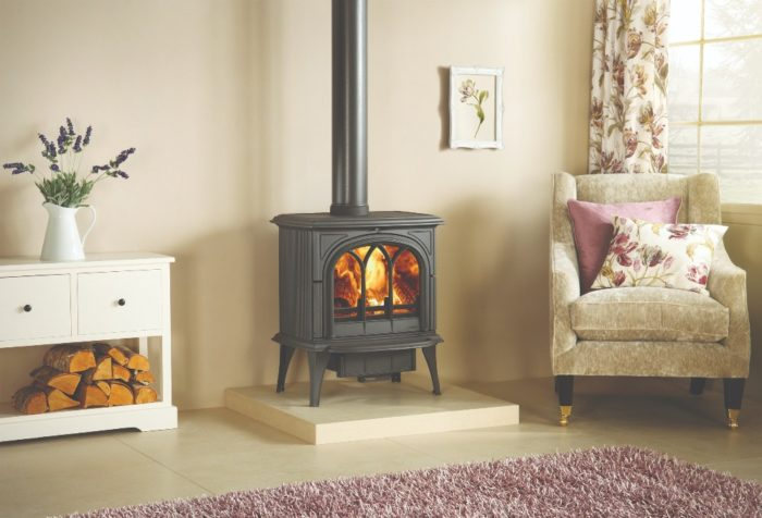 Stovax & Gazco Huntingdon 40 wood burning stove with tracery door
