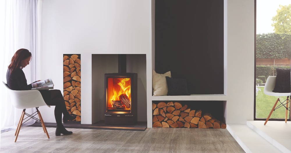 Stovax & Gazco Vogue Midi T wood burning stove with plinth