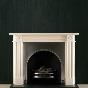 Chesneys Regency Bullseye fireplace with the Plain Arched register grate