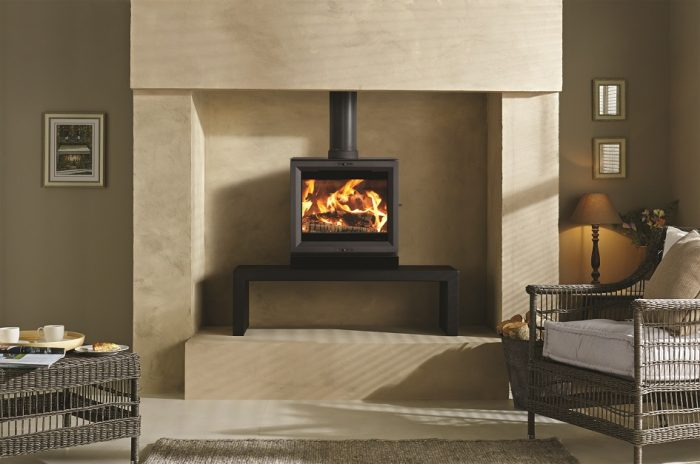 Stovax & Gazco View 8 wood burning or multi-fuel stove