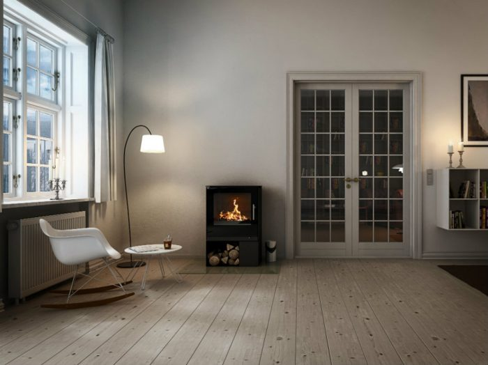RAIS Q-Tee 2 wood burning stove with standard base